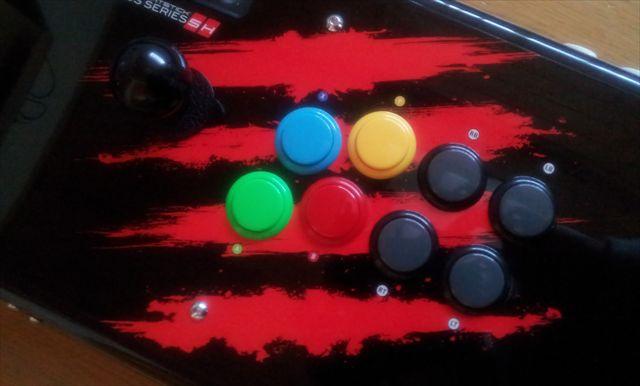 Mad Catz製の静音スティック Arcade FightStick Versus Series SH (AFSVS SH)レビュー