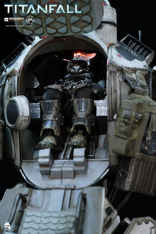 Titanfall atlus cockpit figure