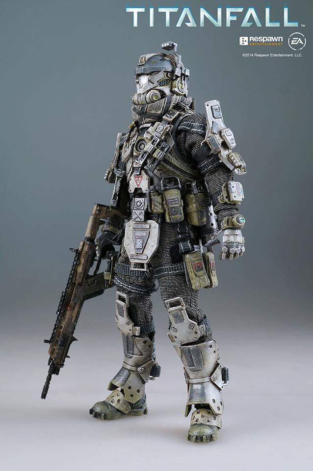 Titanfall pilot figure